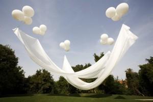 balloon-canopy-venice-biennale cupofjo-1